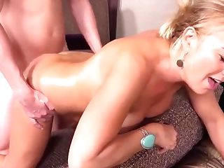 Thick Huge-boobed Country Mummy Gets Assfucked
