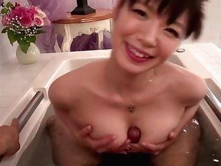 Stuning Nao Mizuki Japanese Tugjob In The Bathtub