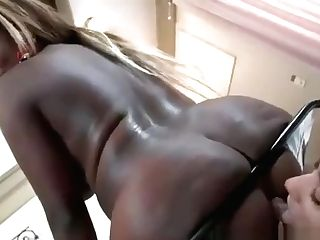 [black Dark-hued Mummy!!] Wants Married Milky Mentor (wmc) Alexgoldtheg