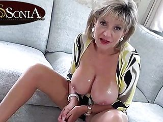 Hot Joi From Steaming-hot Mommy Lady Sonia