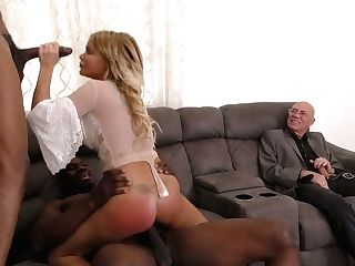 Youthfull Blondie Wifey Rachele Richey Goes Black In Front Of Her Cheating Hubby