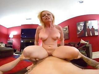 Vrhush Huge-titted Blonde Nikki Delano Wants You To Pack Her Up