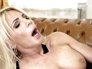 Bright Buxom Hungarian Beauty Tiffany Rousso Turns Into Lesbo Thirsting For Fucky-fucky