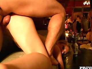 Careless Huge-titted Whore Sindee Coxx Joins Private Swingers Club