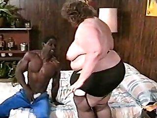 In The Brothel Of Fat Women