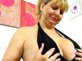 Buxom And Brit: Owf Introduces Bbw Mummy Alexa