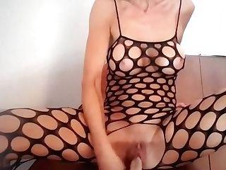 Dutch Mom Cougar Lisa Masturbating Five