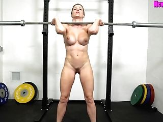 Muscled Mom Works Out Naked - Sport With Big-titted Blonde Mummy Cory Chase