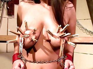 1080p Margarita Gets Pegs On Her Titties For Pleasure - Margarita Rose