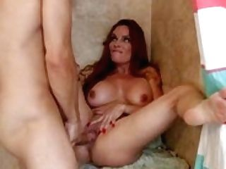 Red-haired Mummy Diamond Foxx Gets Smashed In The Bathroom